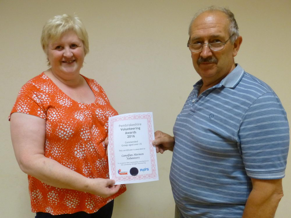 Jennifer Thomas (current Secretary) with Roger Howells (Current Chairman)