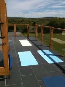 Glog Balcony room Yoga