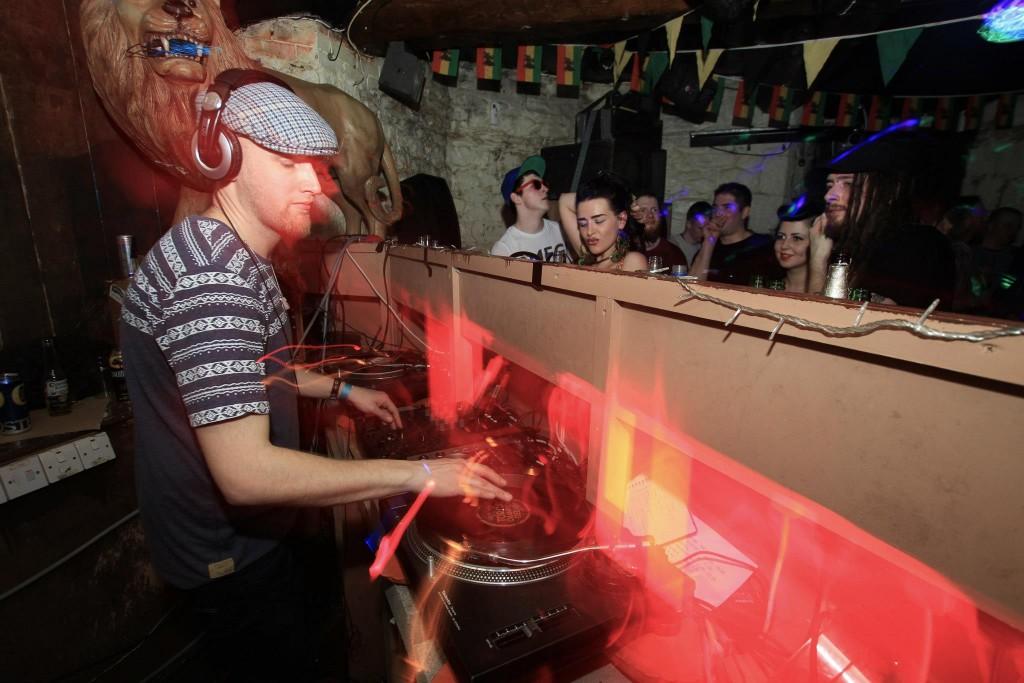 DJ MR K